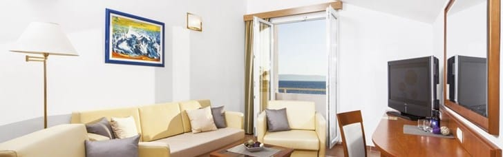 Romantic villa resort in very heart of Tucepi